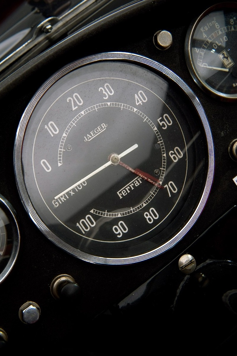 1957_Ferrari_250_Testarossa_Rev-counter.jpg