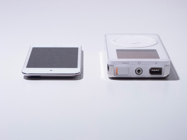 Apple_iPod_Classic_and_iPod_Touch.jpg