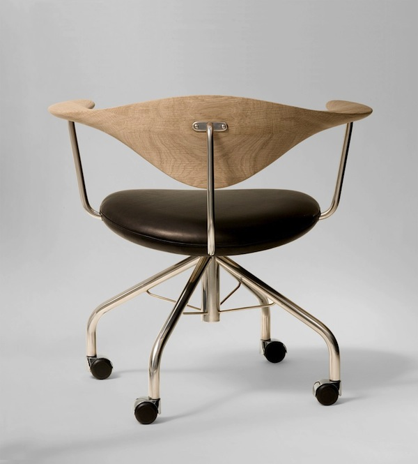 Hans_Wegner_Swivel_Chair.jpg