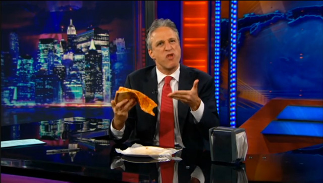 John_Stewart_how_to_eat_pizza.jpg